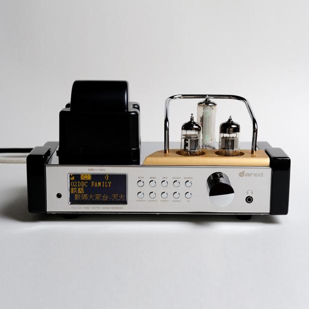DR-100 – Tube FM/DAB/RDS Receiver